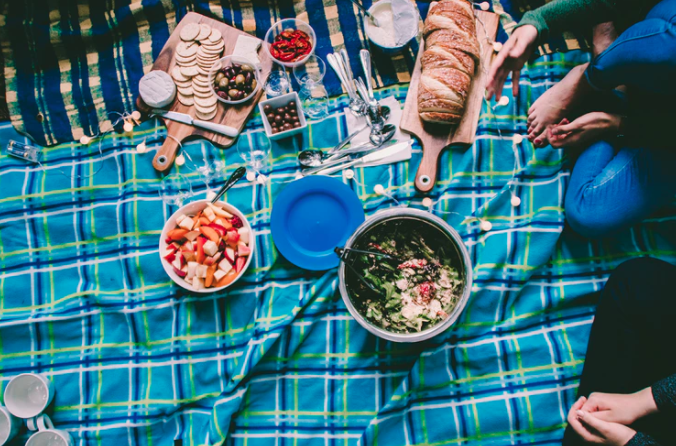 How many ways can you personalise a picnic?
